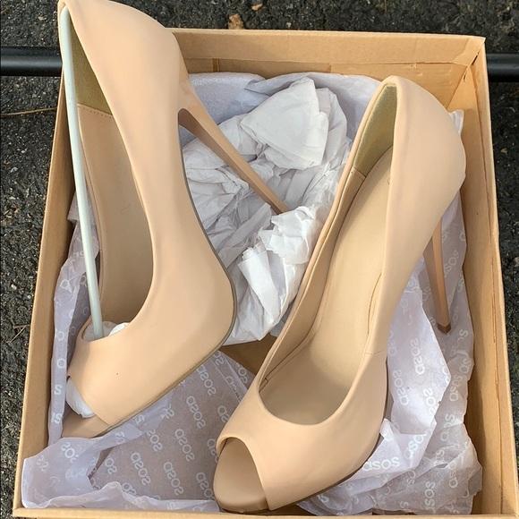 Nude Heels On Sale
